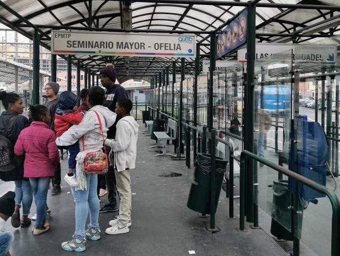 photo arrêt de bus quito